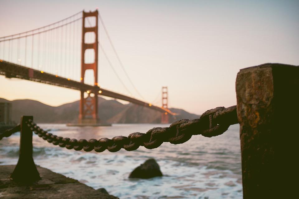 golden-gate-bridge-1120455_960_720