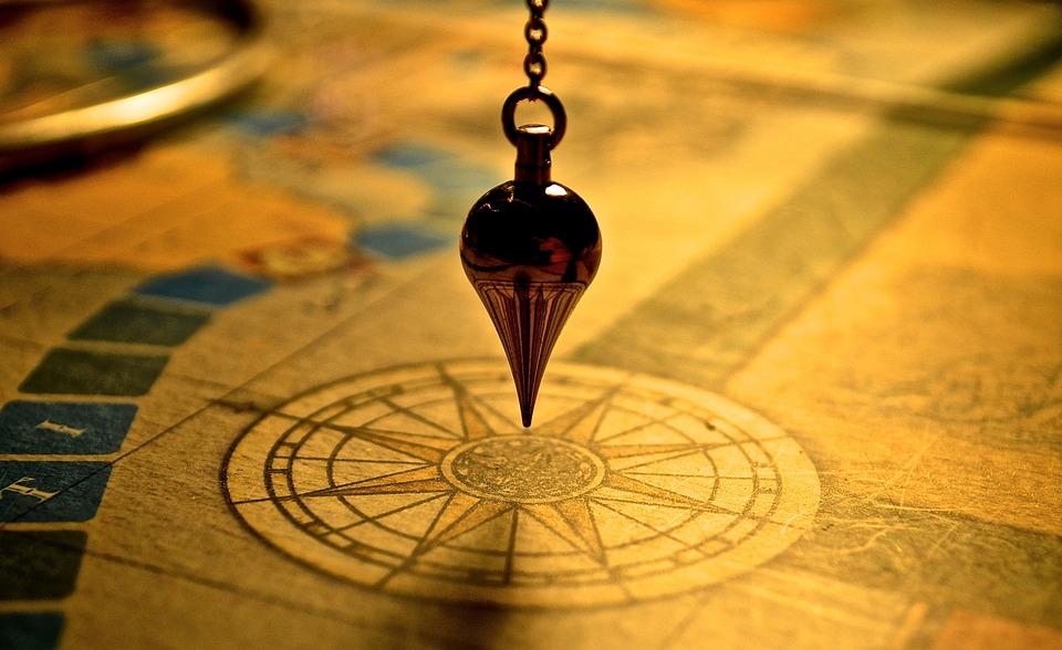 pendulum-1934311_960_720