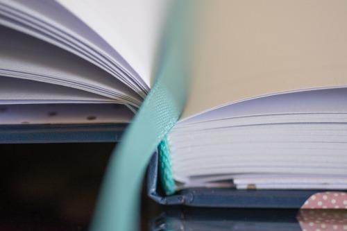 notebook-2344411_960_720