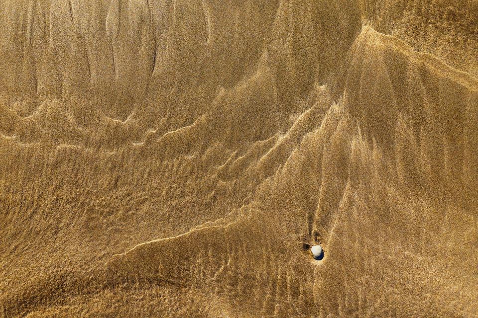 sand-2213287_960_720