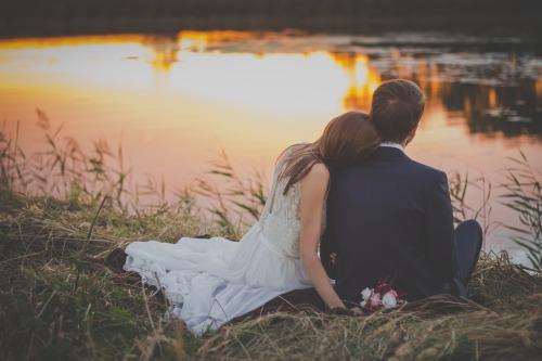 wedding-2616652_1280